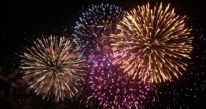 fuegos-artificiales-de-colores