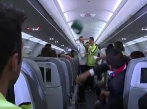 pelea en avion