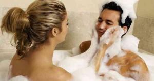 Ideas-para-bañarse-en-pareja