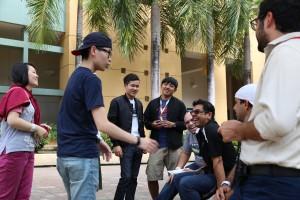Foto 1- Estudiantes de Taiwán comparten con estudiantes de UPR Río Piedras
