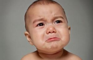 Bebé-llorando
