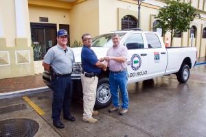 alcalde-cabo-rojo-entrega-vehiculo-de-rescate-y-emergencia-integrado-al-911