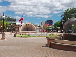 Plaza_Pública_Dr._Betances,_Cabo_Rojo