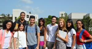Estudiantes UPR Carolina 2 (2)